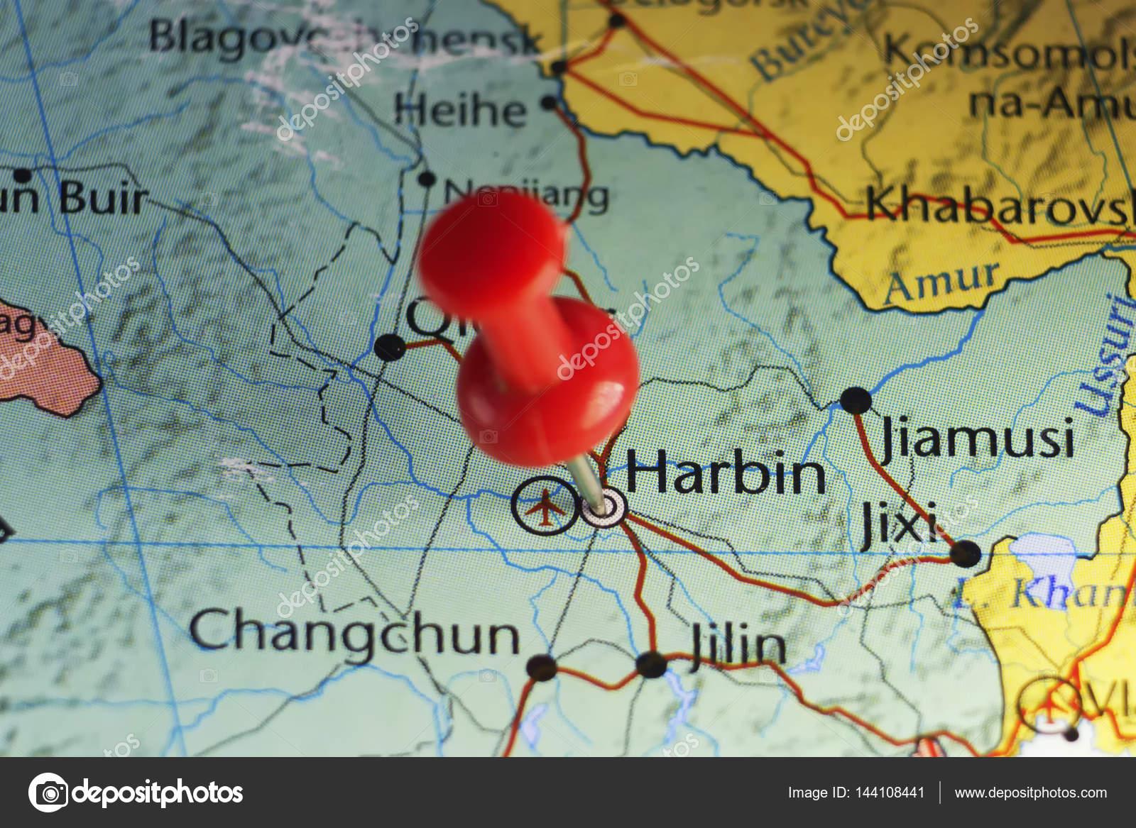 Pin rojo en harbin china foto de stock llucky78 144108441 pin rojo en harbin china foto de stock gumiabroncs Image collections