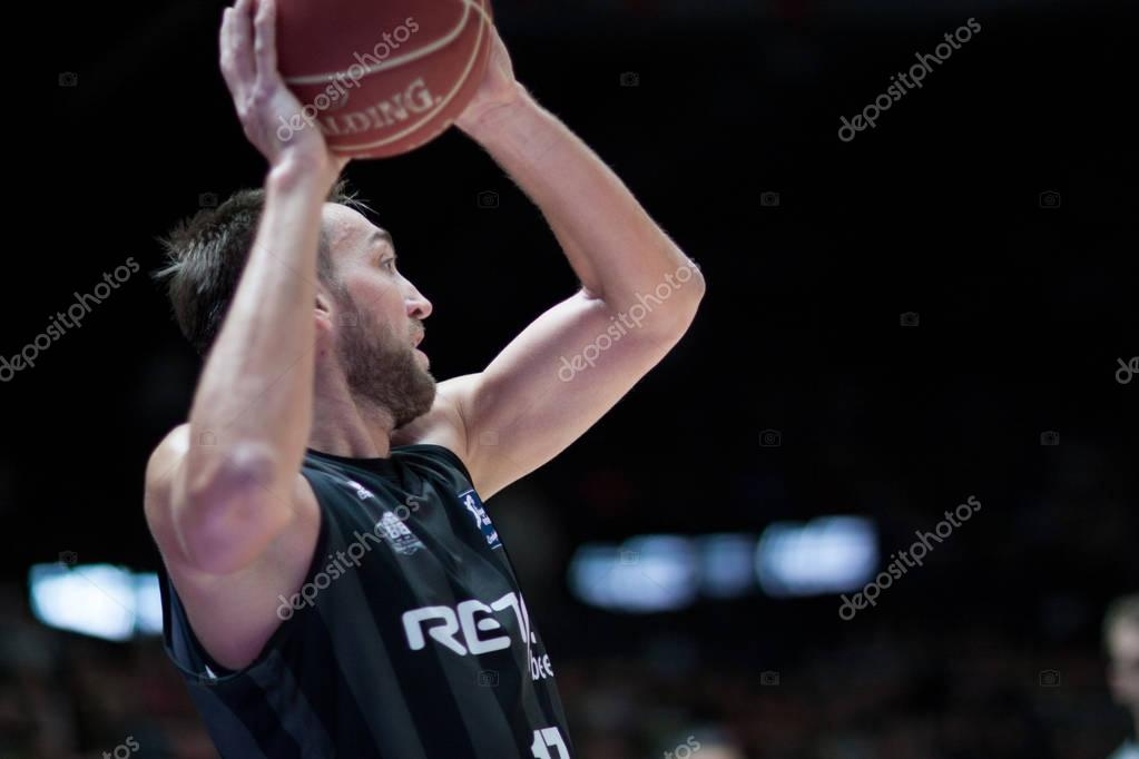 Valencia Basket and Bilbao Basket
