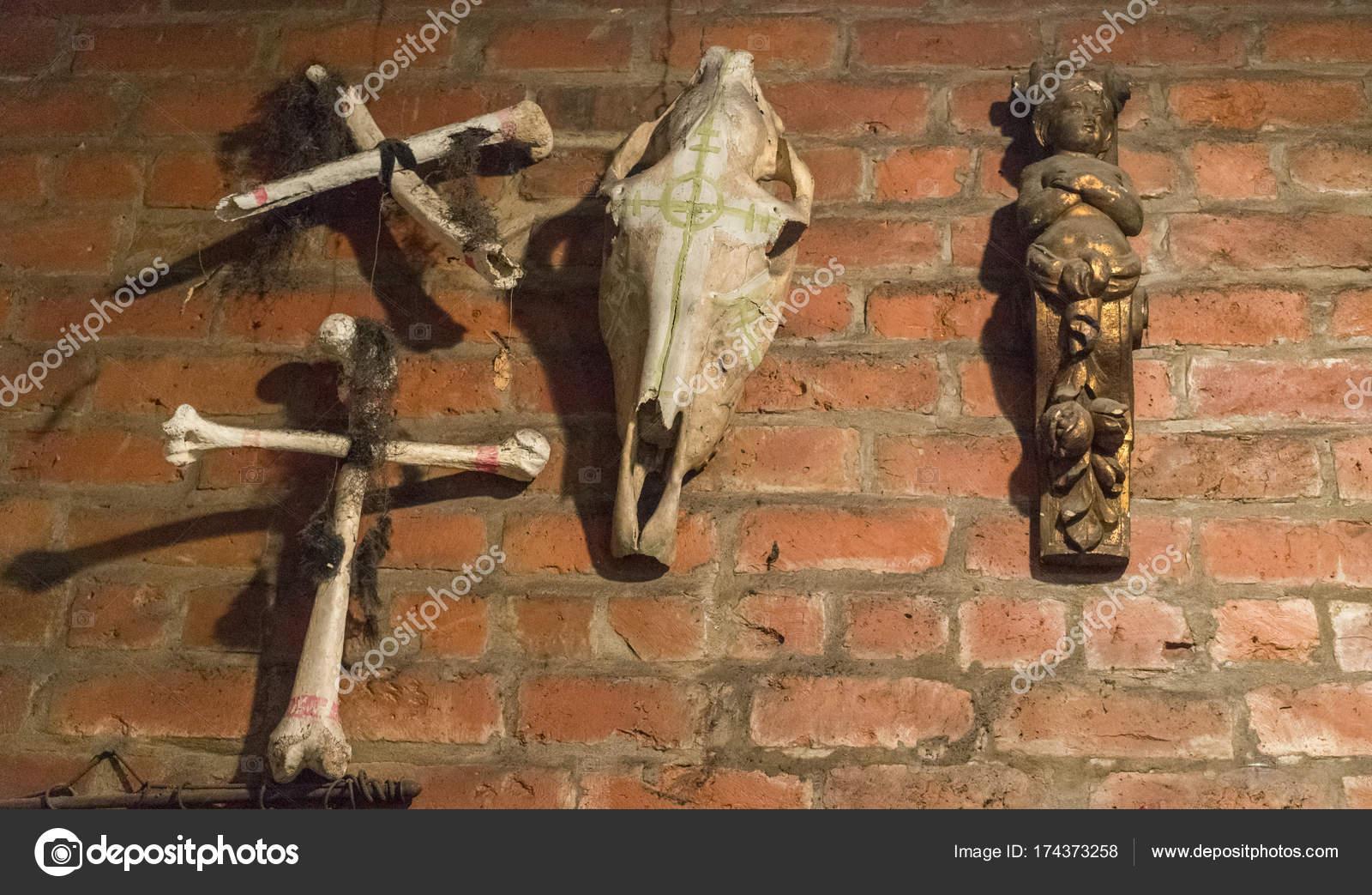 Ritual attributes of voodoo religion  Skulls and bones