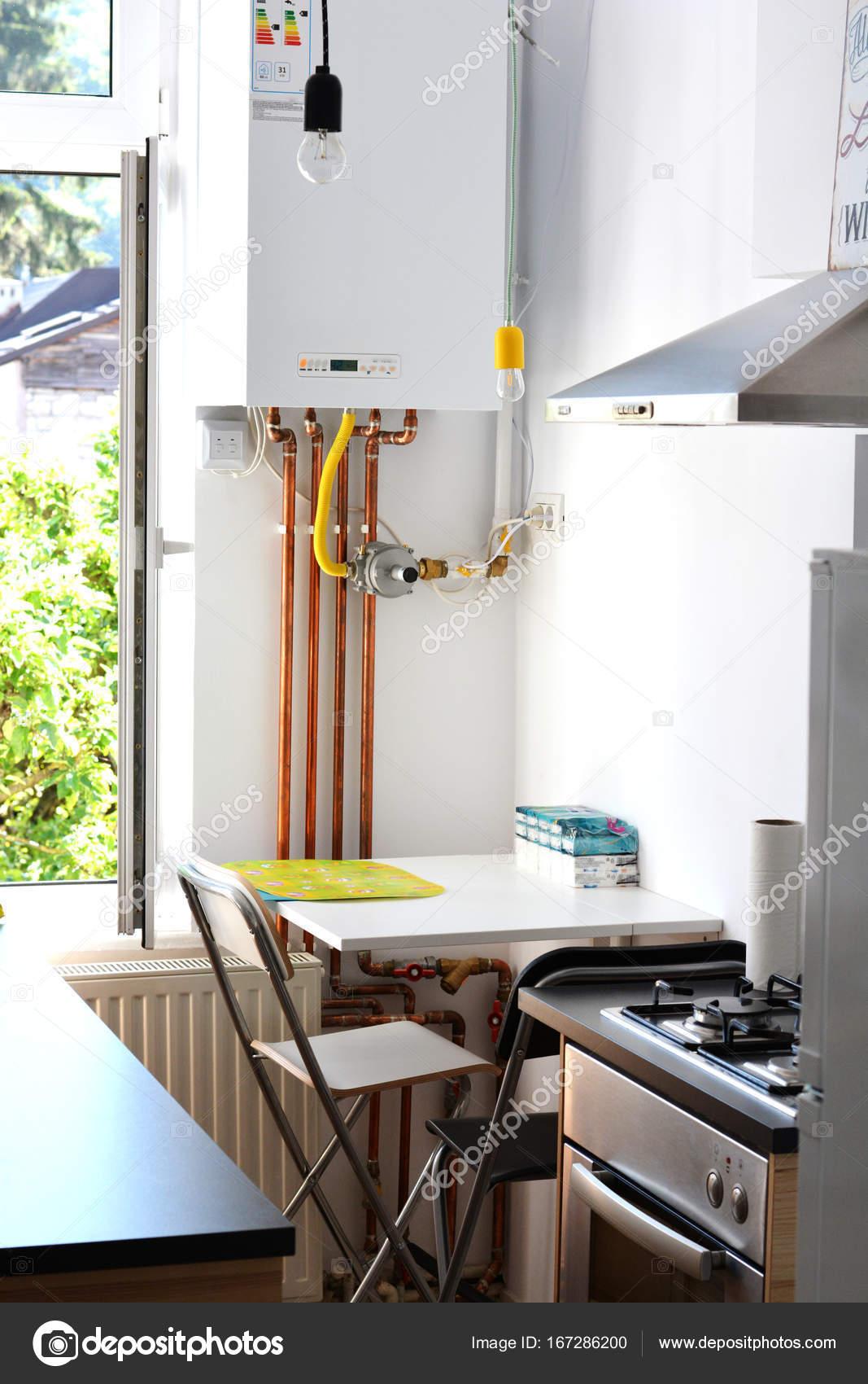 Caldera de gas interiores de la casa con tuber as de cobre - Tubo gas cucina lunghezza massima ...