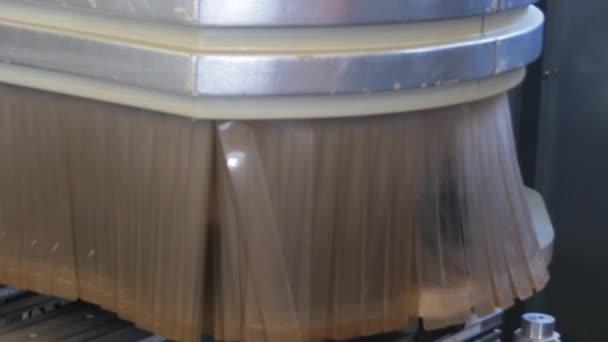 Frézování dřeva stroj Cnc pro výrobu průmyslového nábytku
