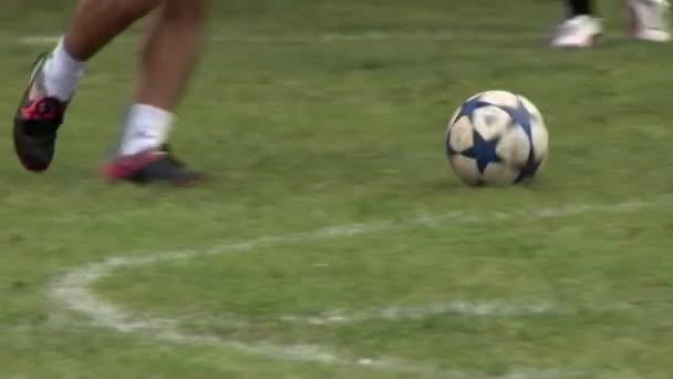 Fotbalisté dělat hru během firemních akcí.