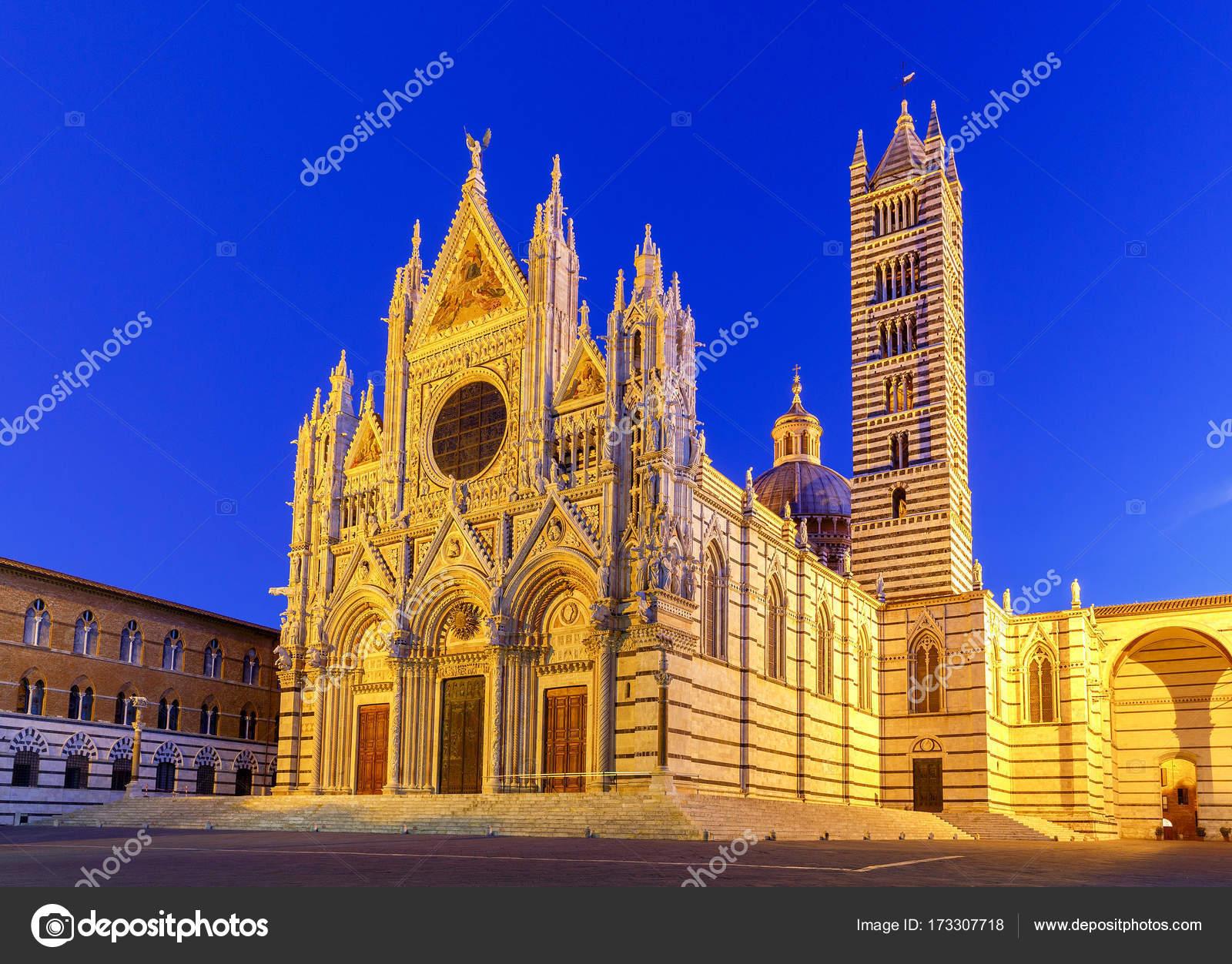 Siena. cattedrale al tramonto u2014 foto stock © pillerss #173307718