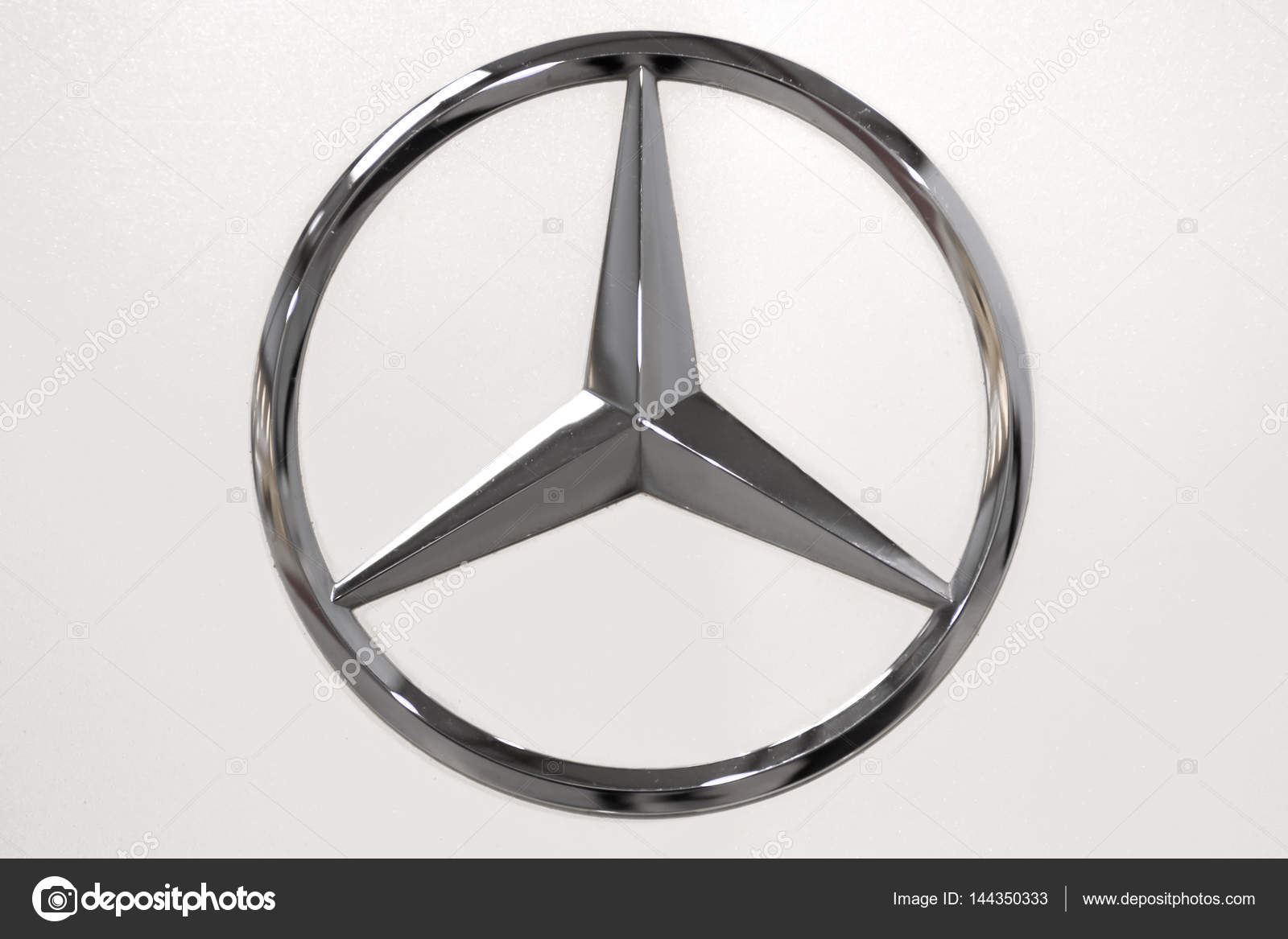 Mercedes Benz Logo Stock Editorial Photo Wdnet 144350333