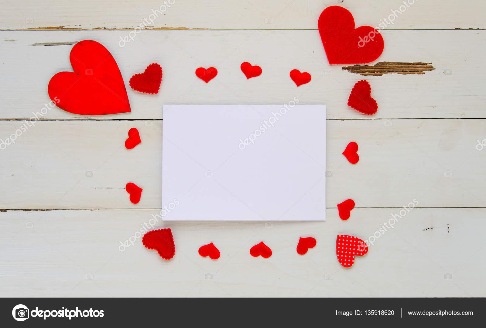 Plantilla arriba vintage de los día del St Valentine con nota y ...