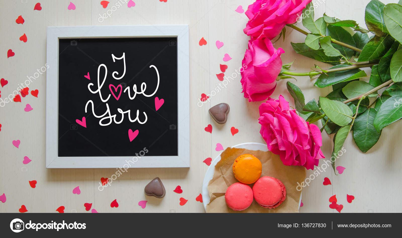 St. Valentinstag Vintage Zusammensetzung des weißen Bilderrahmen mit ...