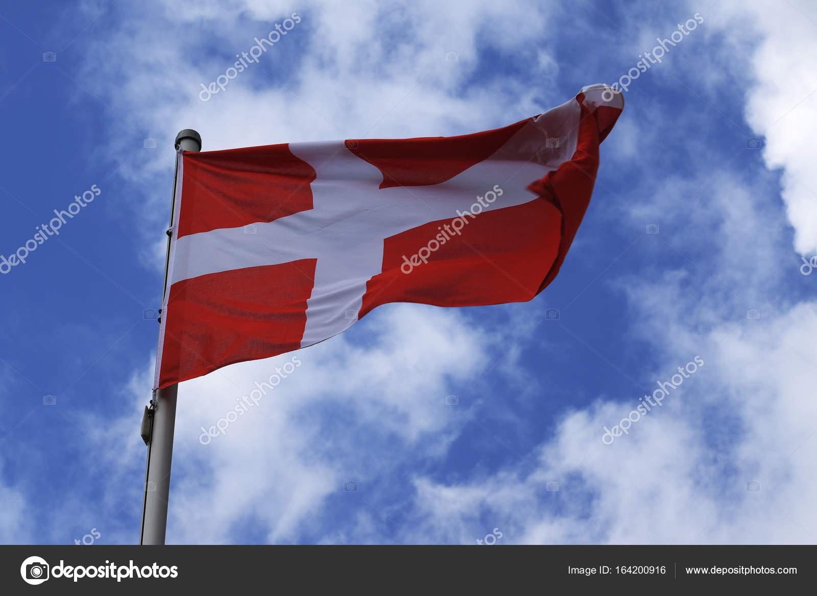 dinamarca primer pais con bandera