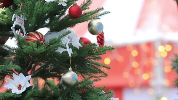 Vánoční stromečky vyzdobené Closeup