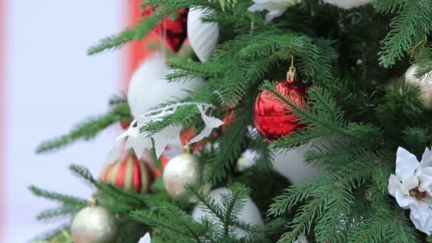 Vánoční stromek složený tři záběry