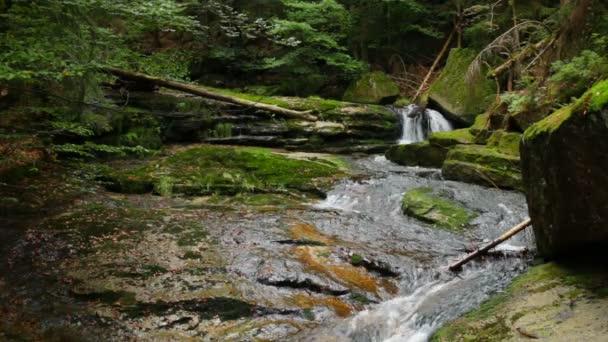 Vodopád na Jedlová potoce v Jizerských horách