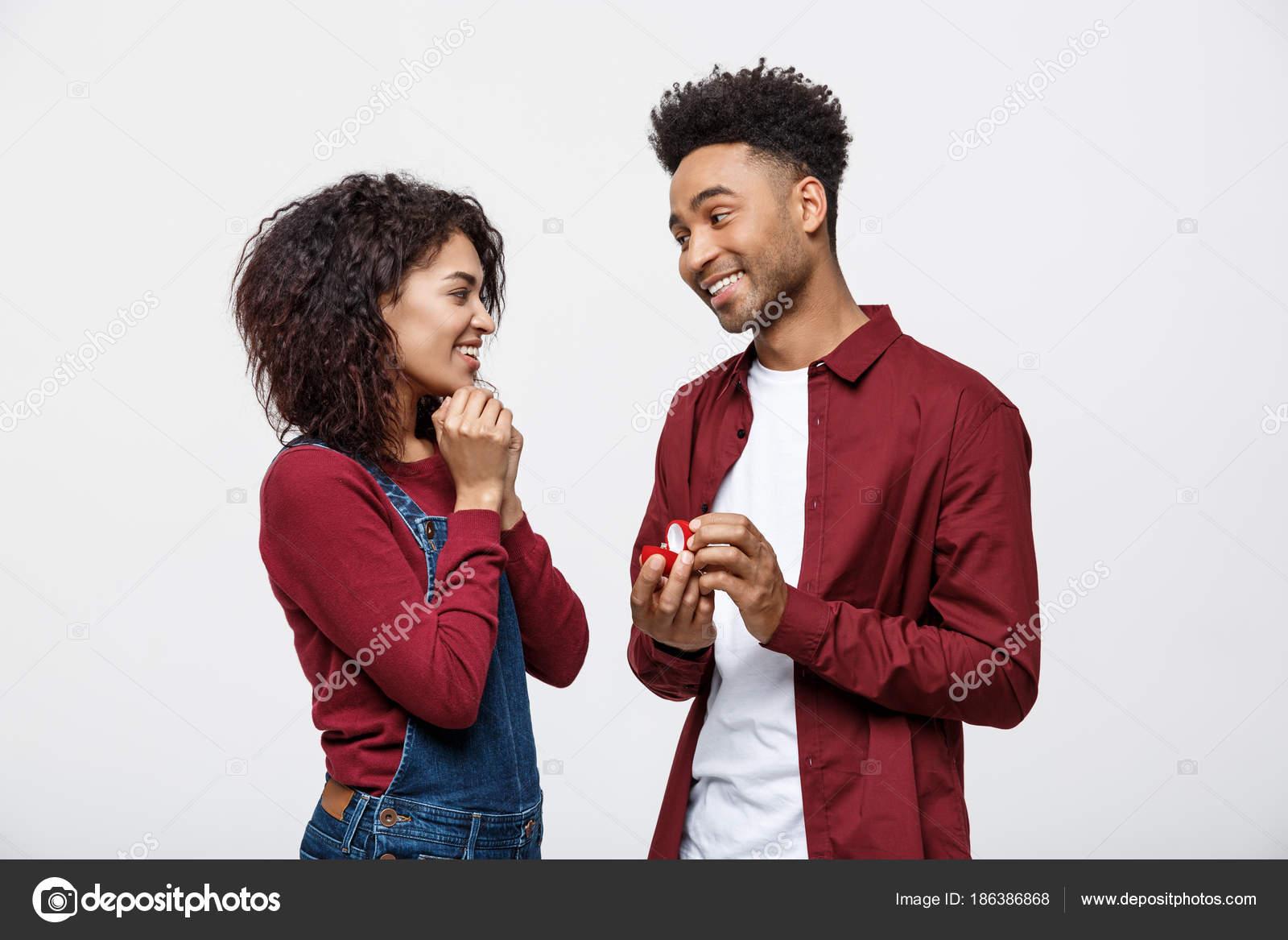 Flirten mit mann der freundin