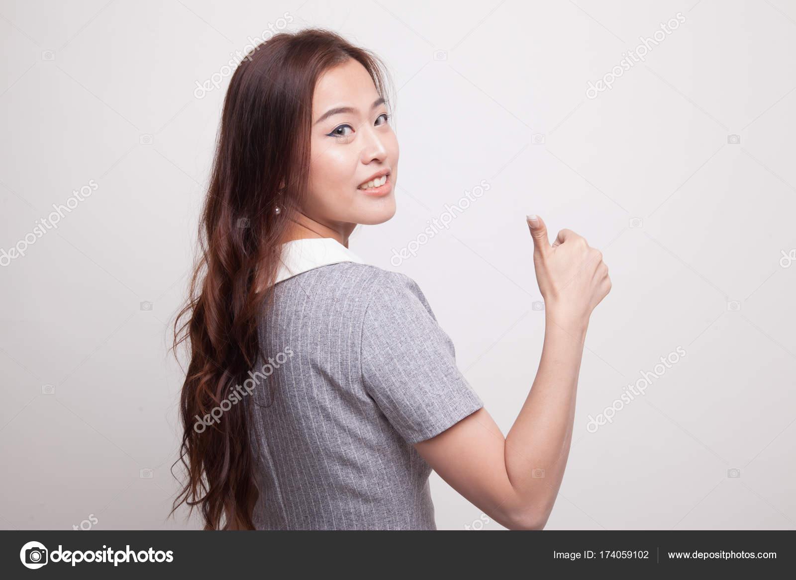 Очень большие азиатские женщины, красивые женские ноги в нейлоне