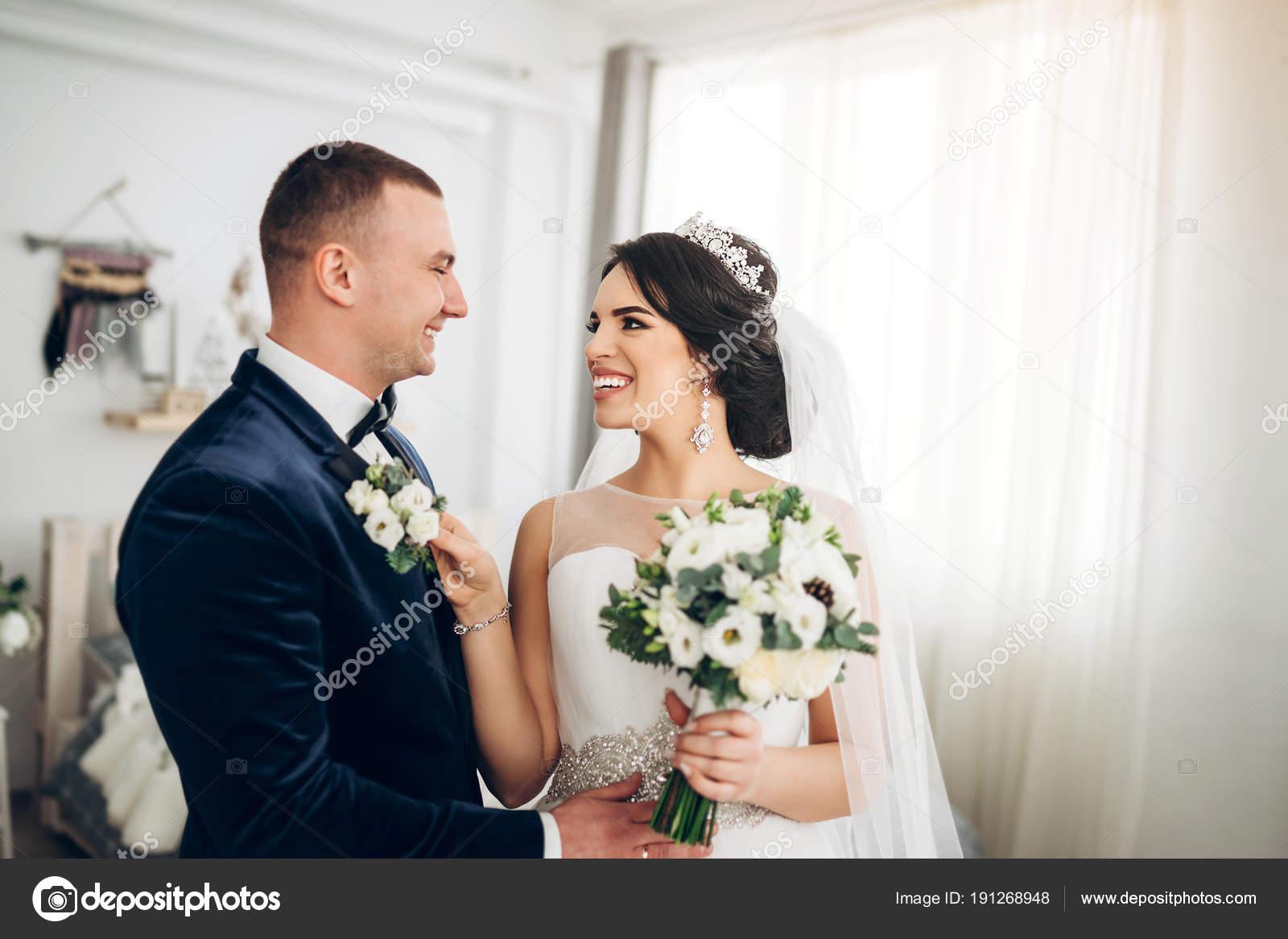 Vestidos de novia y novio