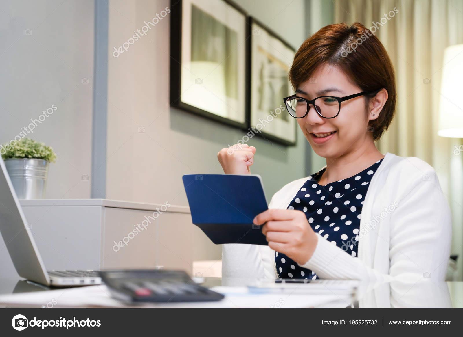 Красивые молодые телки на рабочий стол #6