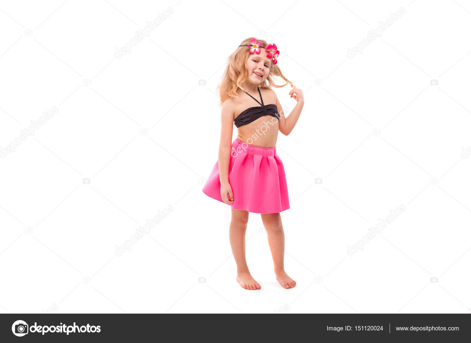 Фото бикини под юбкой #9