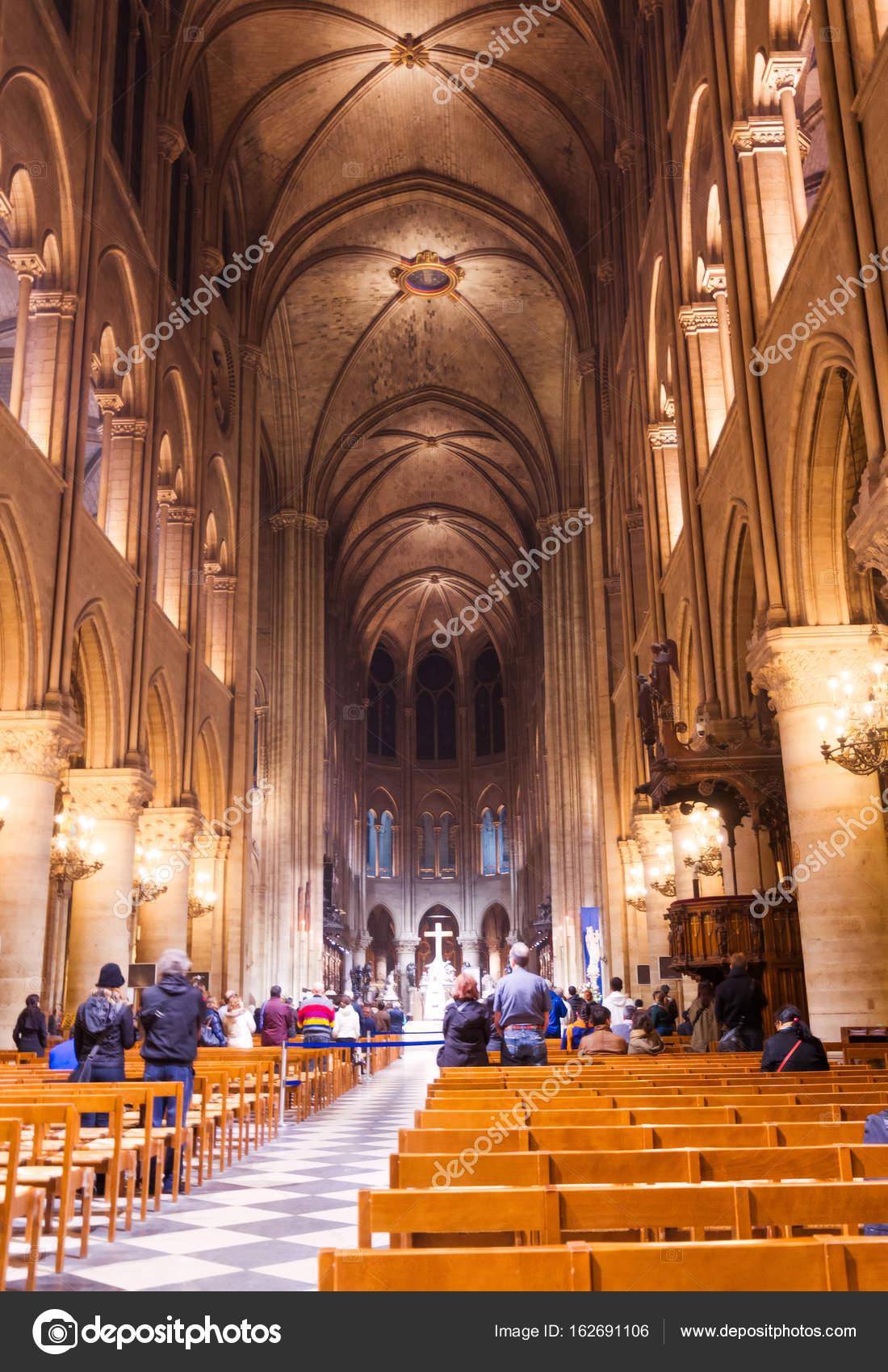 Notre Dame de Paris Interior — Fotografia de Stock