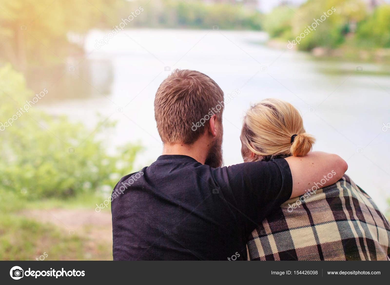 фото парень и блондинка