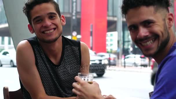 Гомосексуальный видео