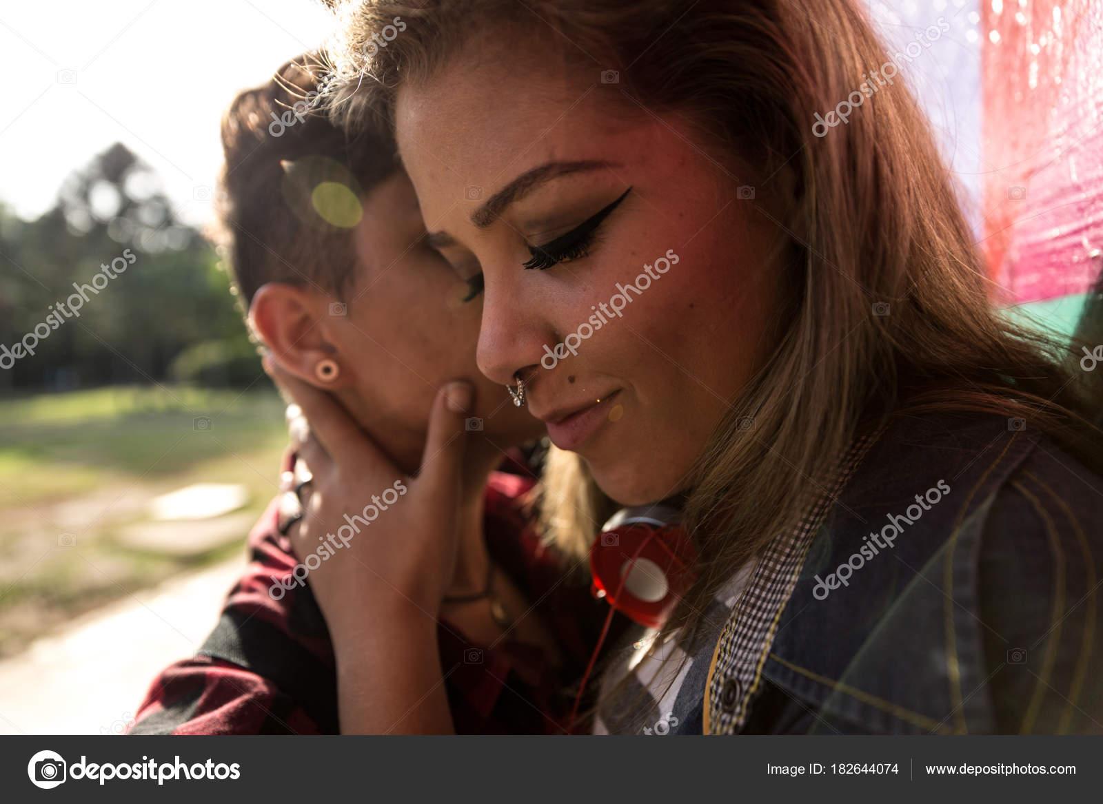 Caldo lesbiche sedurre