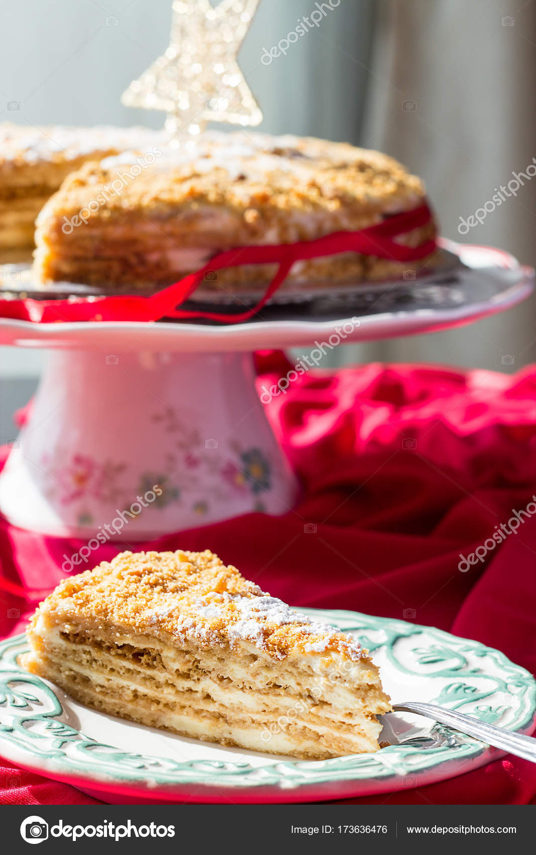 Torta Stella Di Natale.Fatti In Casa Briciola Di Torta Di Miele Con Oro Torta Fetta E Della