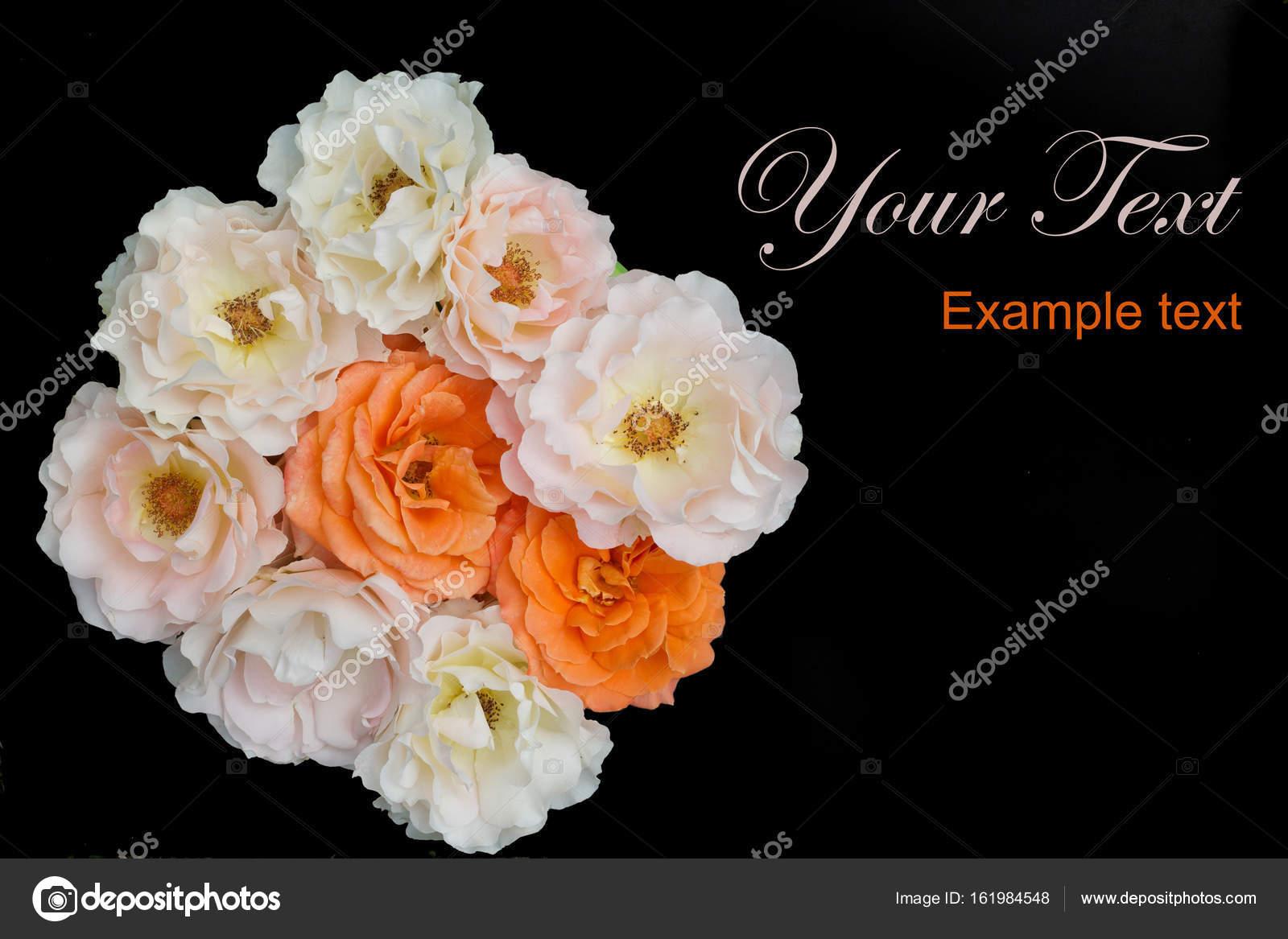 Bouquet Di Priorità Bassa Delle Rose Nere Piatto Lay Foto Stock