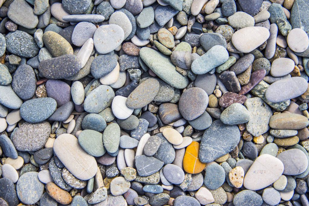 dry round pebble stones