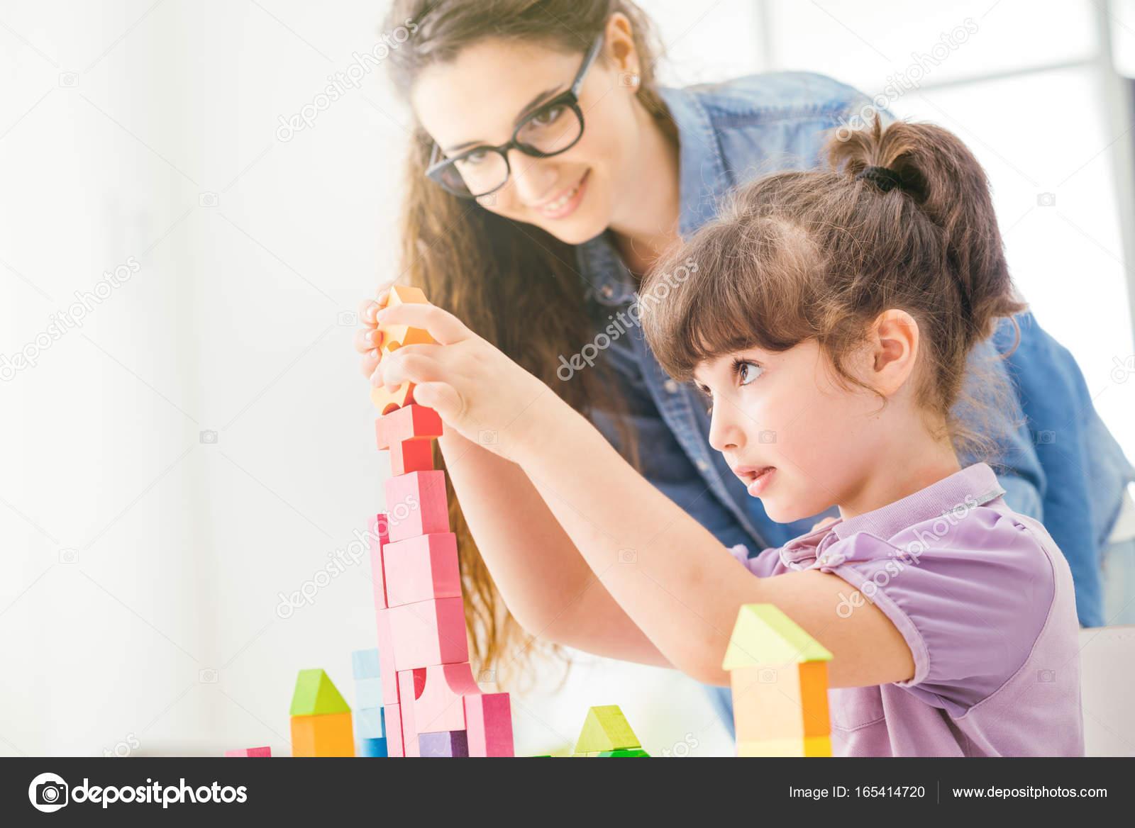 Madre E Hija Jugando Juntos Stockfoto Stockasso 165414720