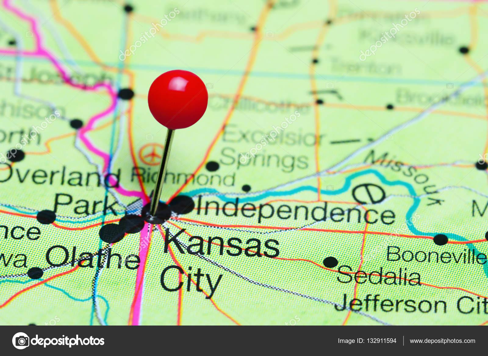 Kansas City pinned on a map of Missouri, USA — Stock Photo ...