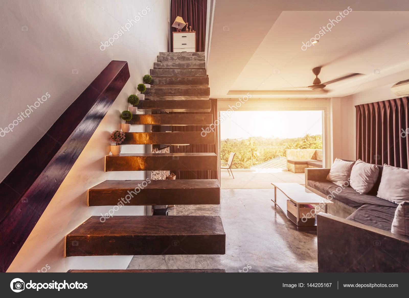 Dise o de interiores moderno sal n foto de stock for Escaleras de salon