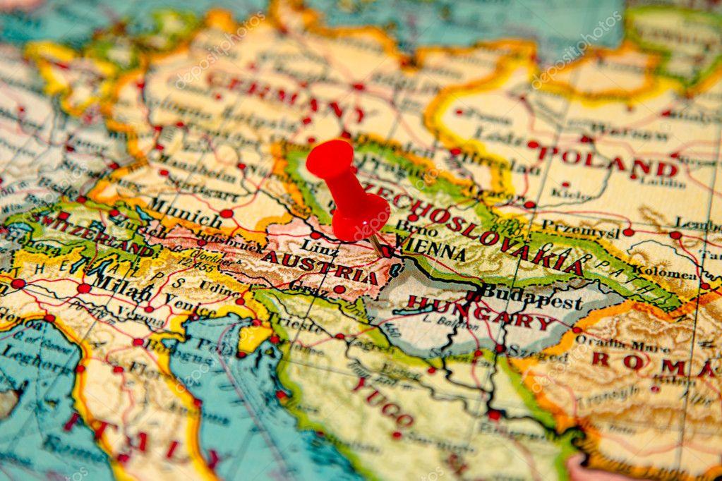 viena mapa Viena, Austria en vintage mapa de Europa — Foto de stock  viena mapa