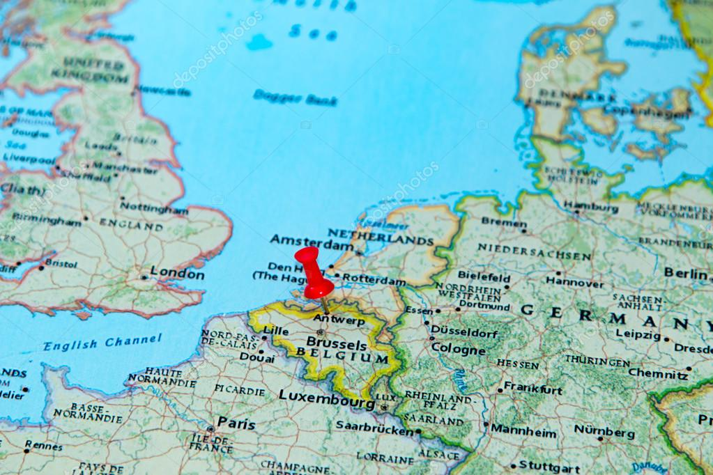 Antwerp, Belgium pinned on a map of Europe — Stock Photo