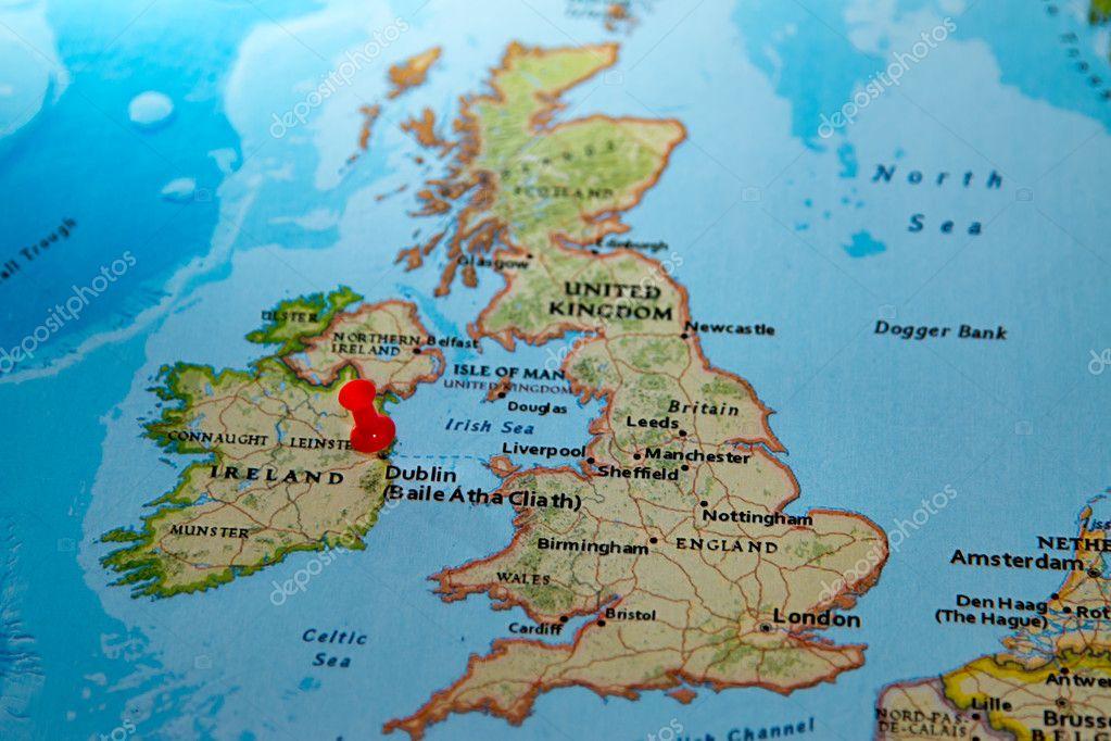 dublin mapa Dublín, Irlanda en un mapa de Europa — Fotos de Stock  dublin mapa