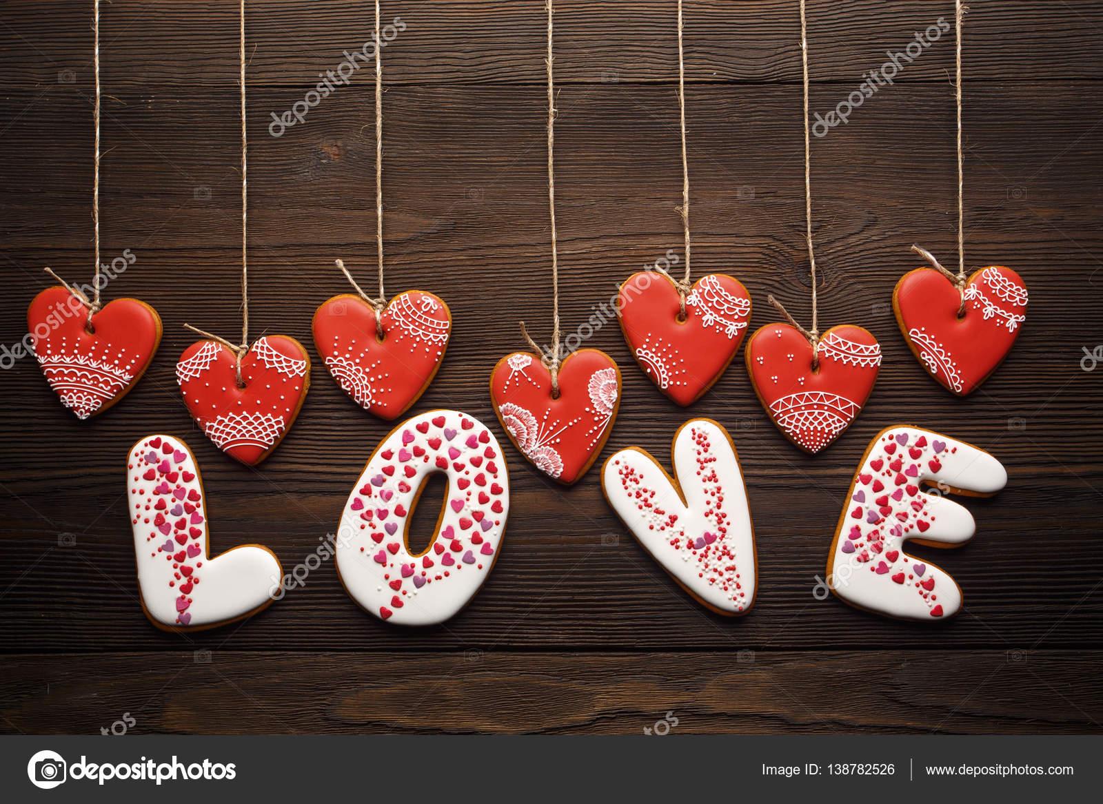 Décoration Festive Pour Saint Valentin De Pains Dépice