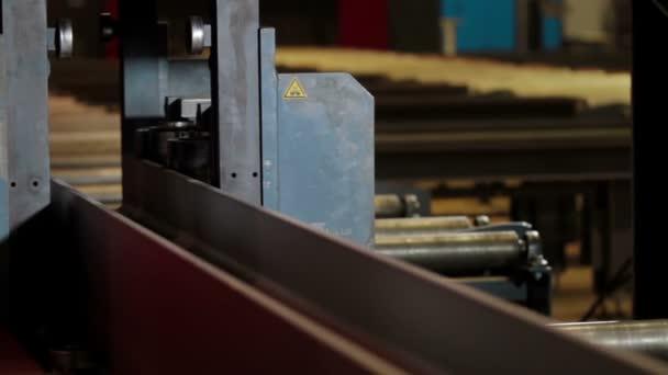 Automatizované procesy vrtací stroje na kov