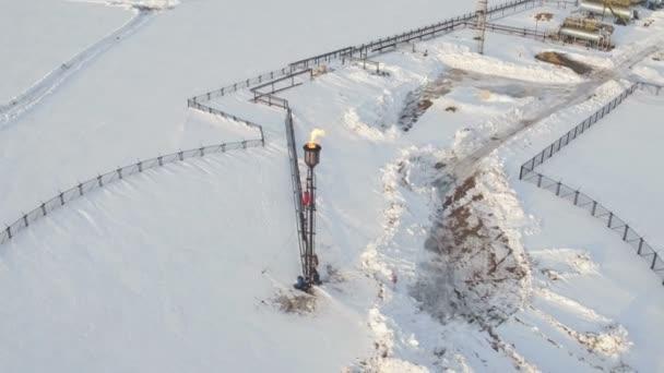 Öl-Fackel-Abfackeln des mit Öl assoziierten Gases aus der Luft