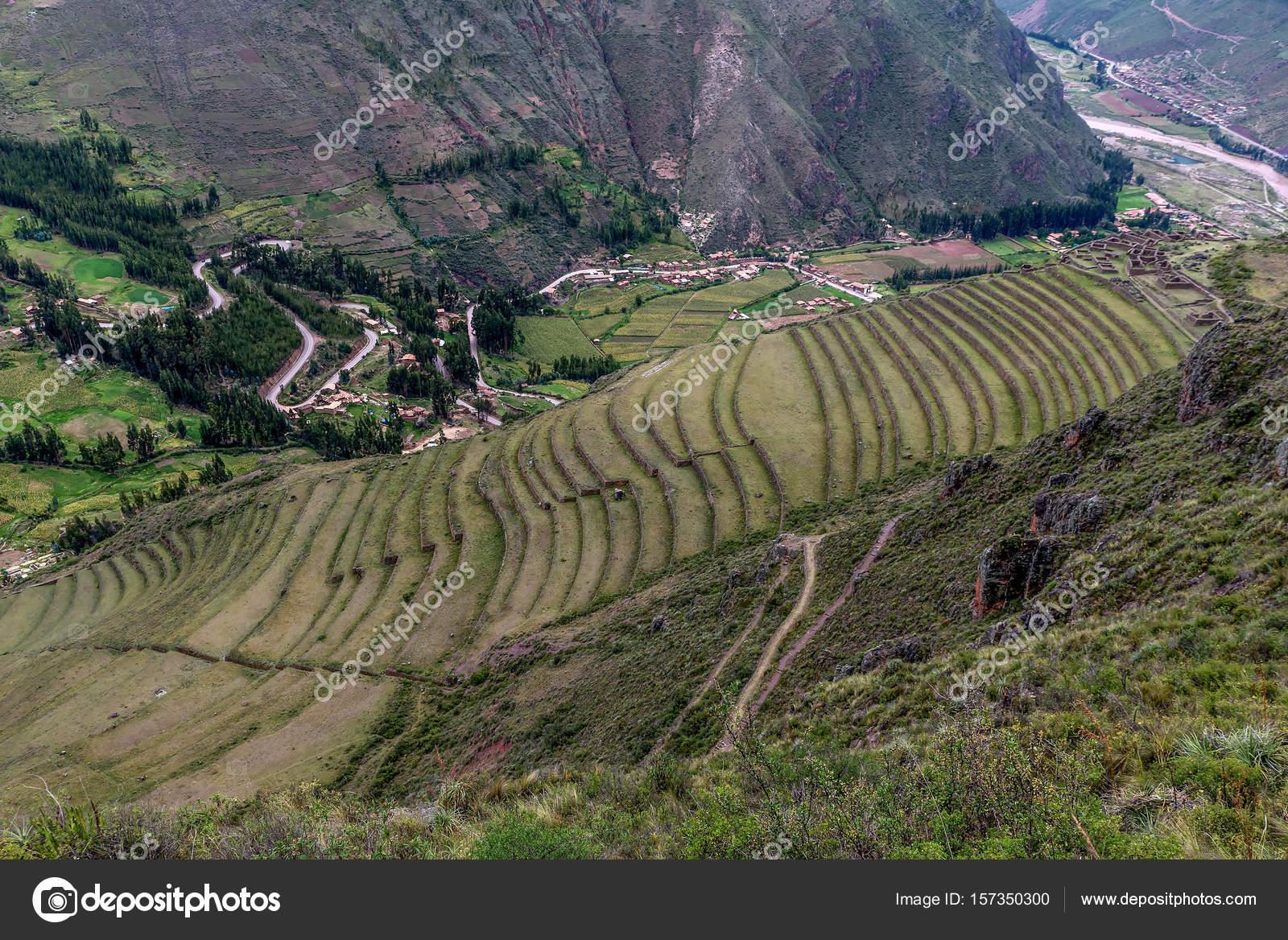 Andenes De Las Ruinas Incas De Pisac Perú Foto De Stock