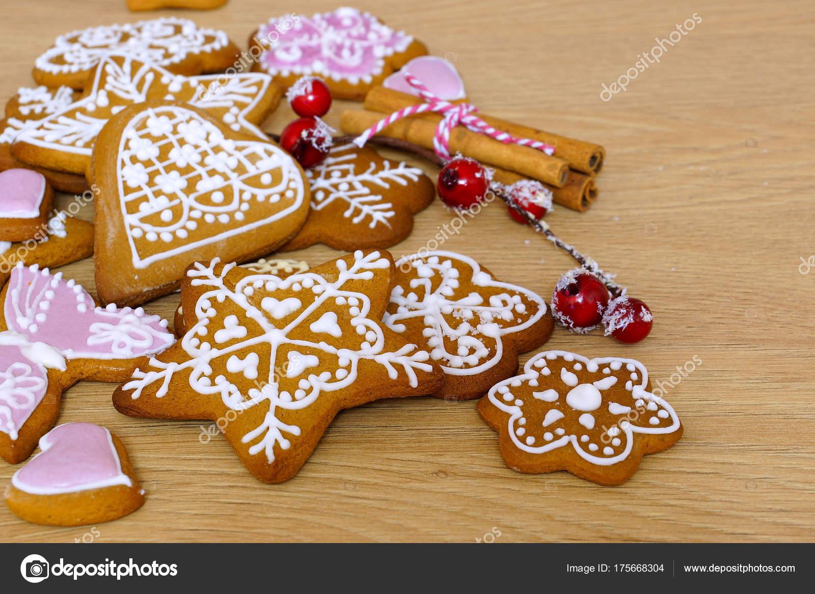 Dolci Di Natale Fatti In Casa.Pan Zenzero Biscotti Fatti Casa Tavolo Legno Dolci Natale