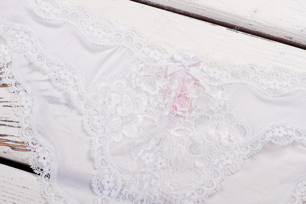 87db7ad721 Close-up de encaje blanco. Ropa interior refinada. Fino encaje Italiano —  Foto de margostock