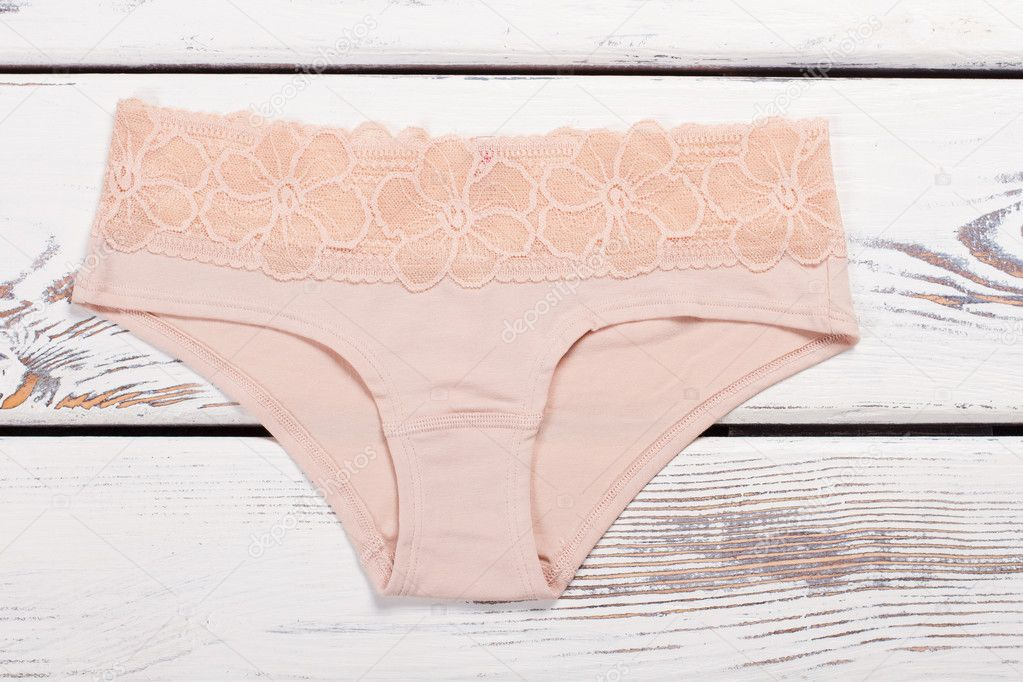 7d19b6d2ee Bragas moda beiges con encaje de flores — Fotos de Stock ...