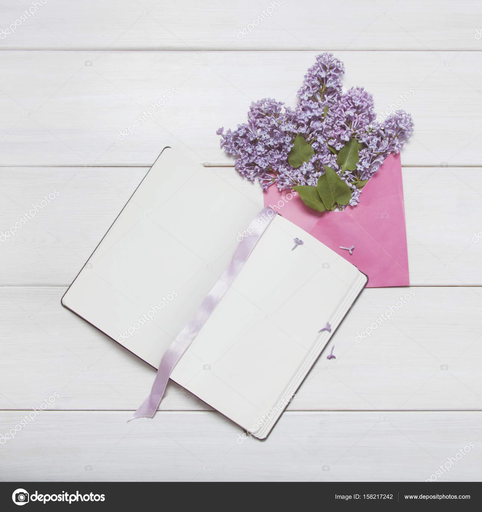 Erstaunlich Osto Holz Galerie Von Ohne Gegentor Notizblock Mit Lila Blumen Blumenstrauß