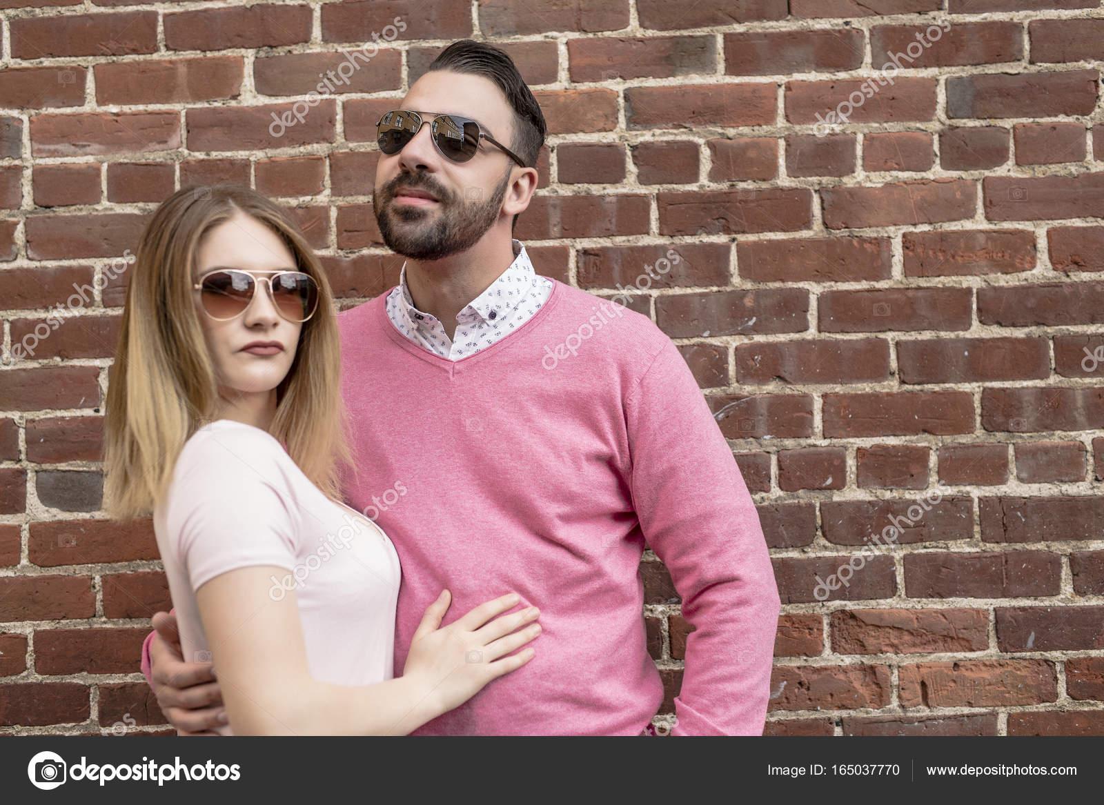 Знакомства в г.счастье знакомства геи пенза