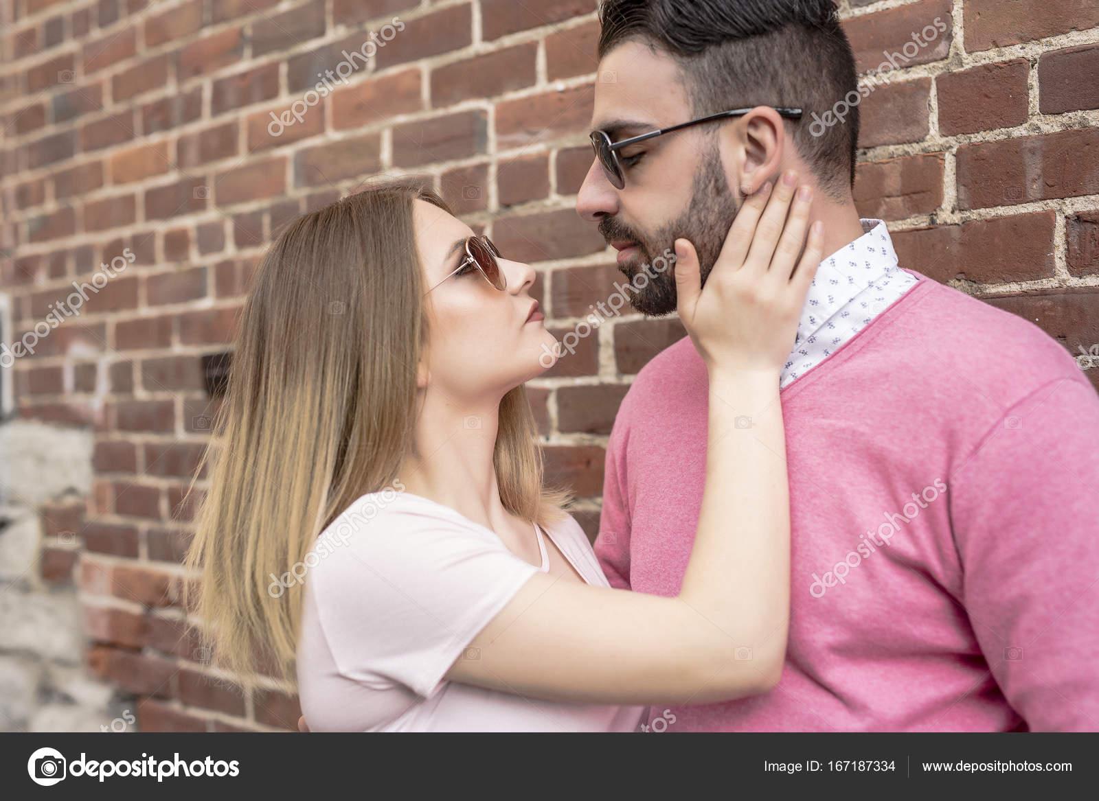 Знакомства в г.счастье знакомства для вич инфицировнных