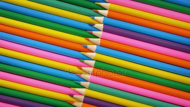 Světlé zbarvení tužky rotační