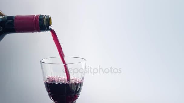 víno do skleněných closeup