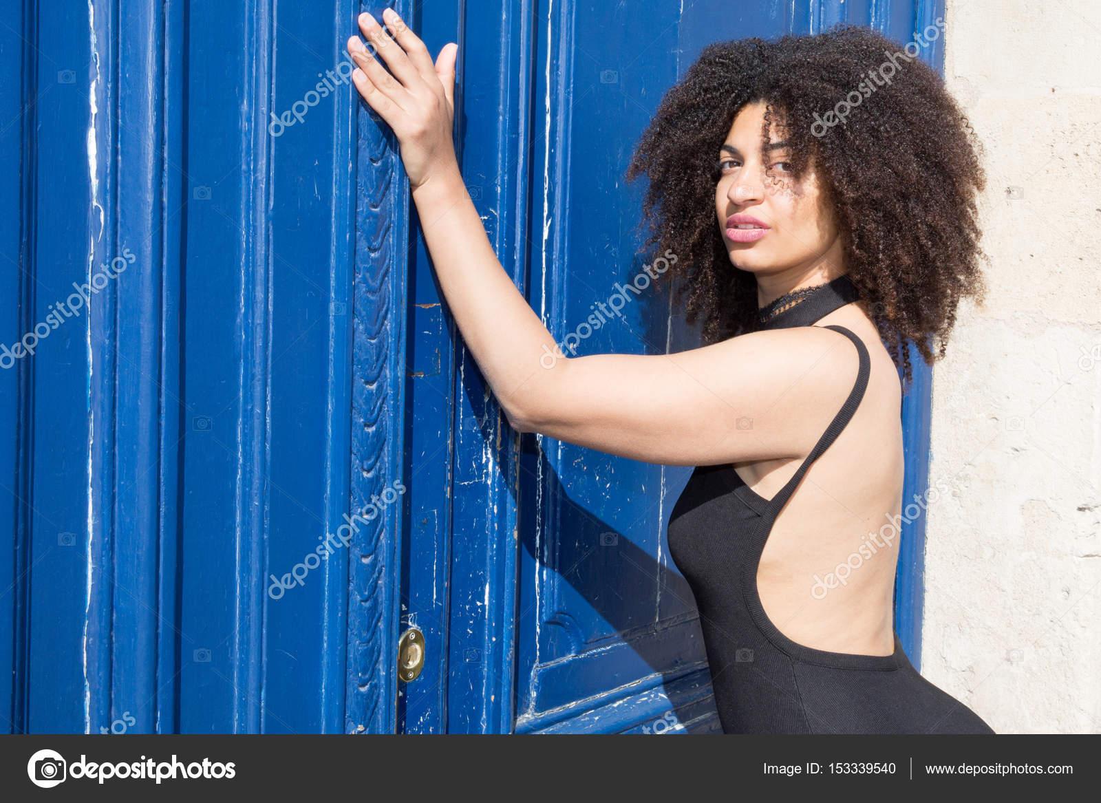 Voir plus didées sur le thème Curvy girl fashion, Chic clothing et Curvey women.