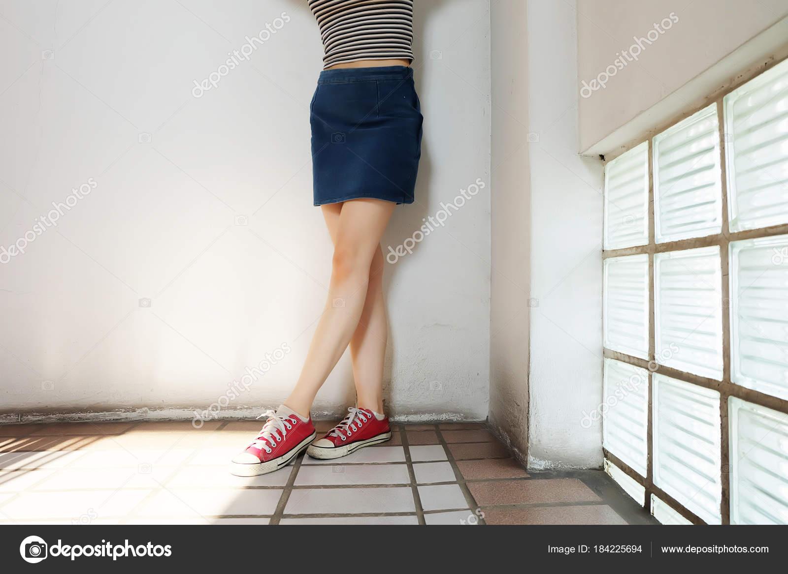 space between womens legs