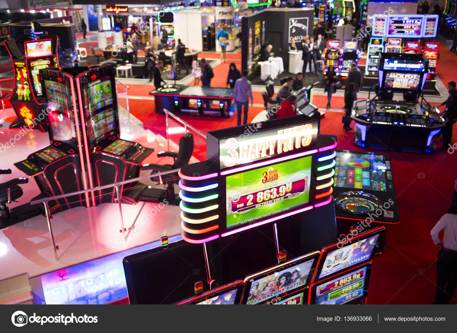 заработок в интернете в игре казино