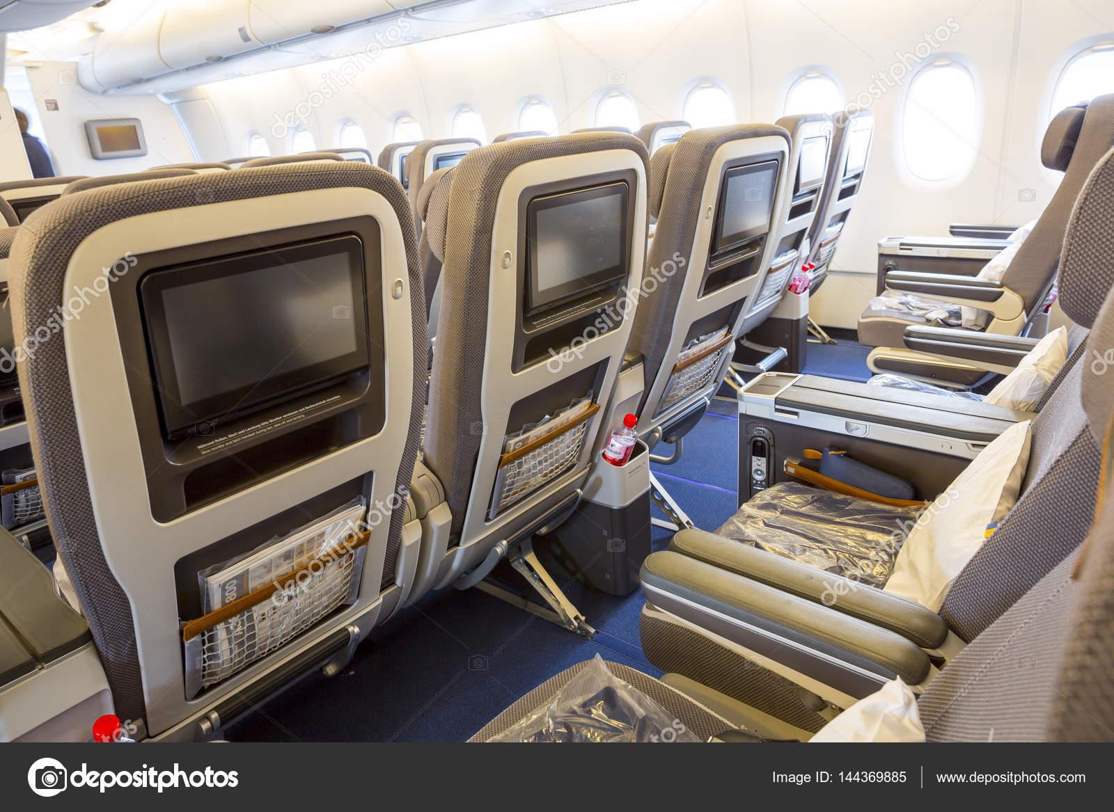 avion airbus a380 lufthansa lintrieur des siges photo