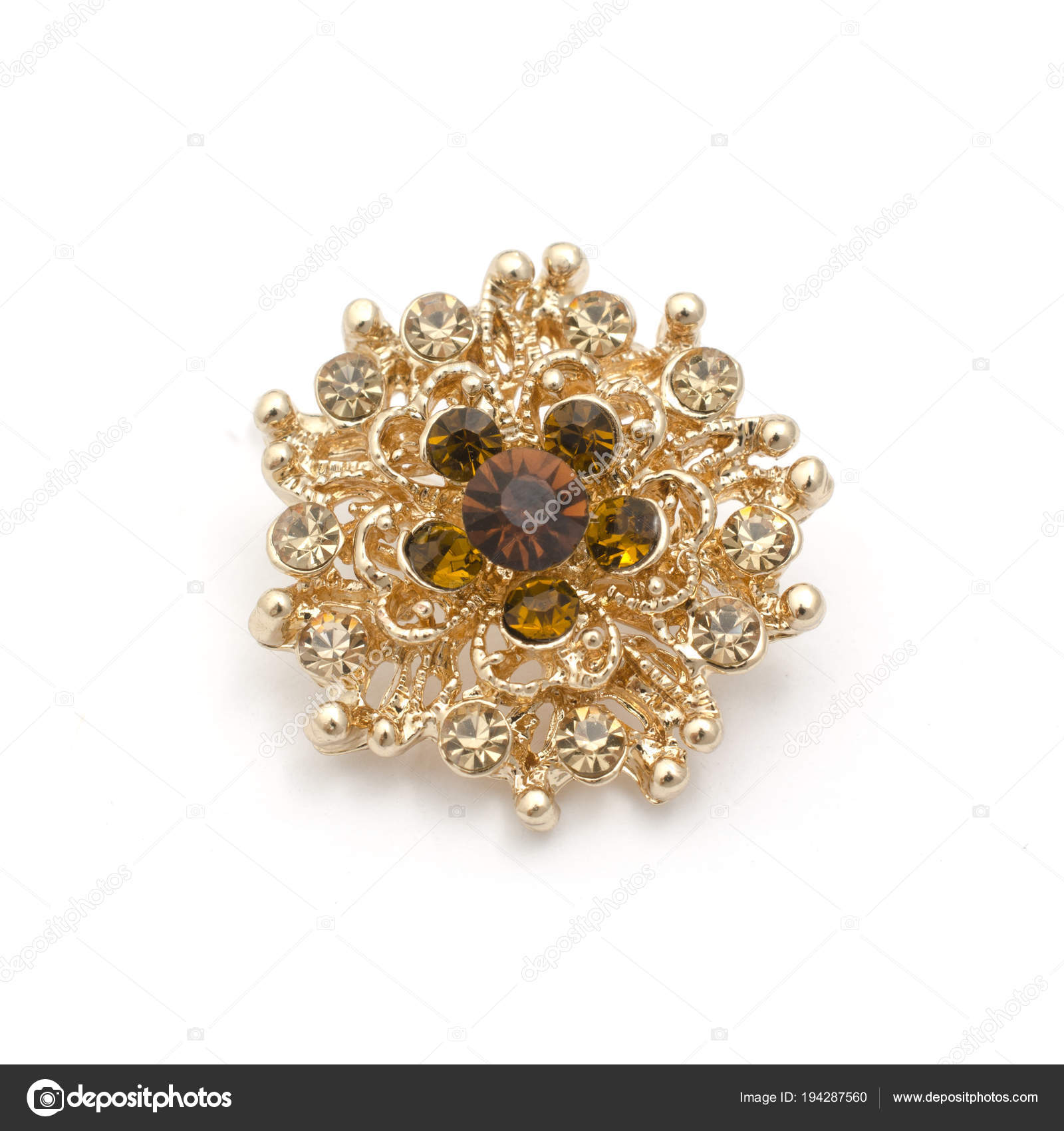 5f58874edb8d0 Gold round brooch with diamonds isolated on white — Stock Photo ...