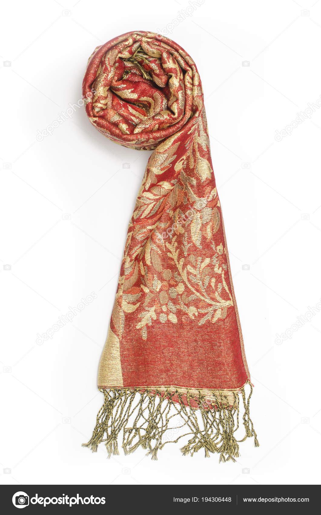 3671d49ffd7f Červená a zlatá Dámská šála se vzorem izolované na bílém — Stock fotografie